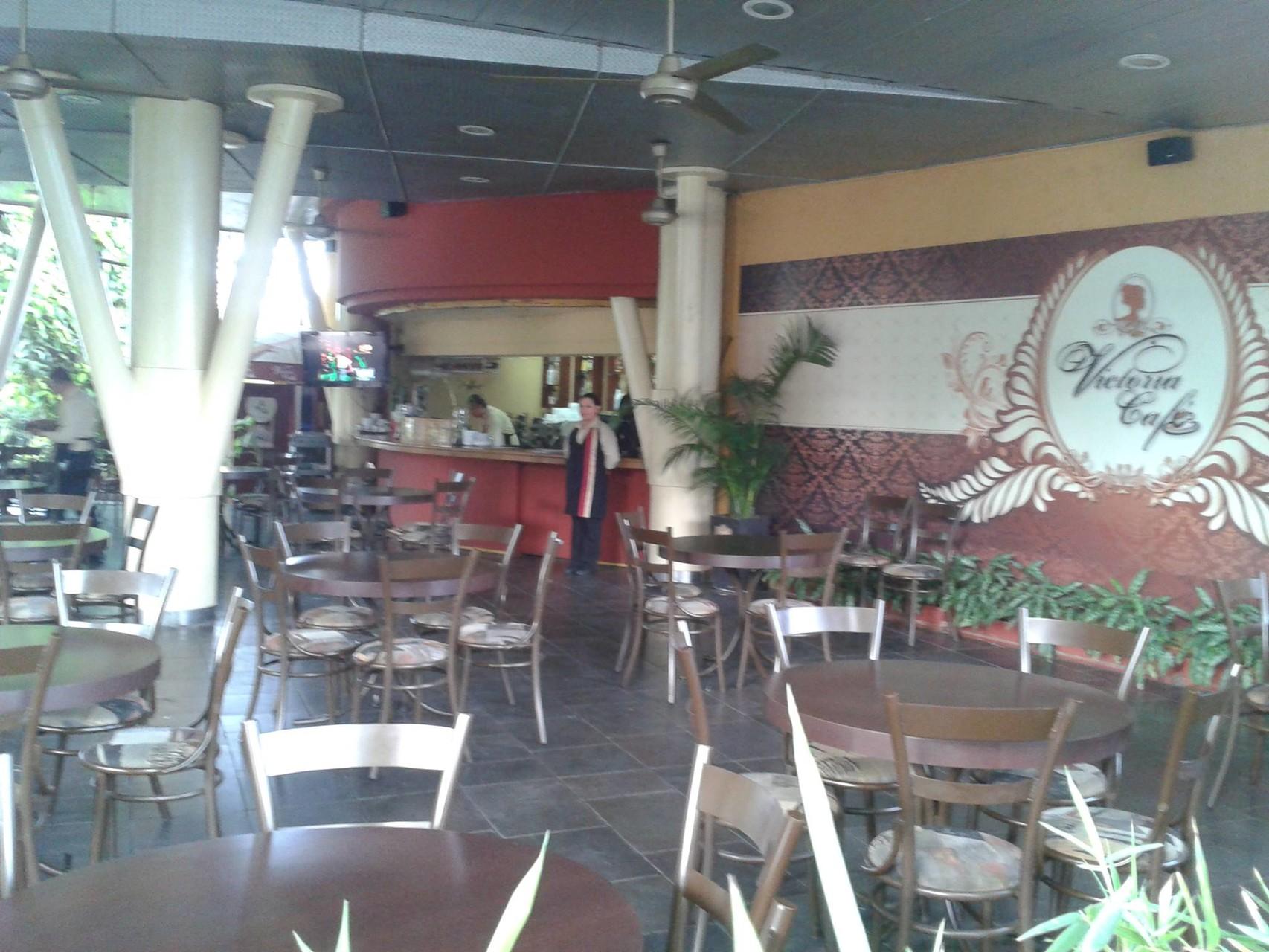 Restaurant Victoria Café au jardin tropical du Malecon 2000 à Guayaquil