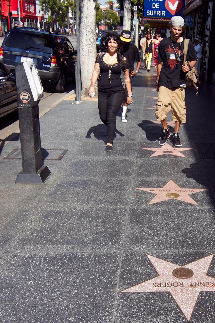 """Das Kino liegt am """"Walk Of Fame"""", der ebenfalls Erwähnung findet."""
