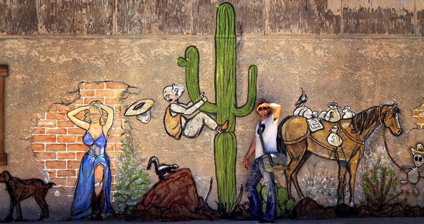 Das benachbarte Palm Desert gilt als Geburtsort des Stoner Rock und ist Heimat des populären Coachella-Festivals.