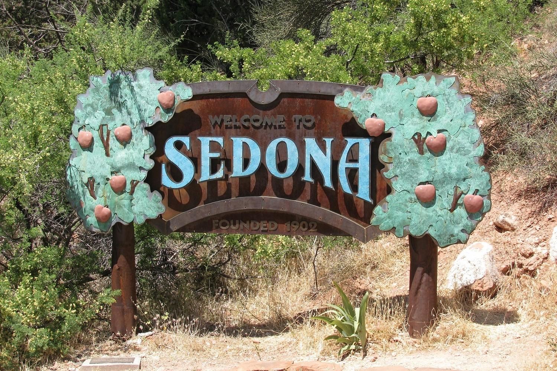 """Die Folge """"Giftiges Wasser"""" spielt in Sedona, während dort ein Musikfestival stattfindet."""