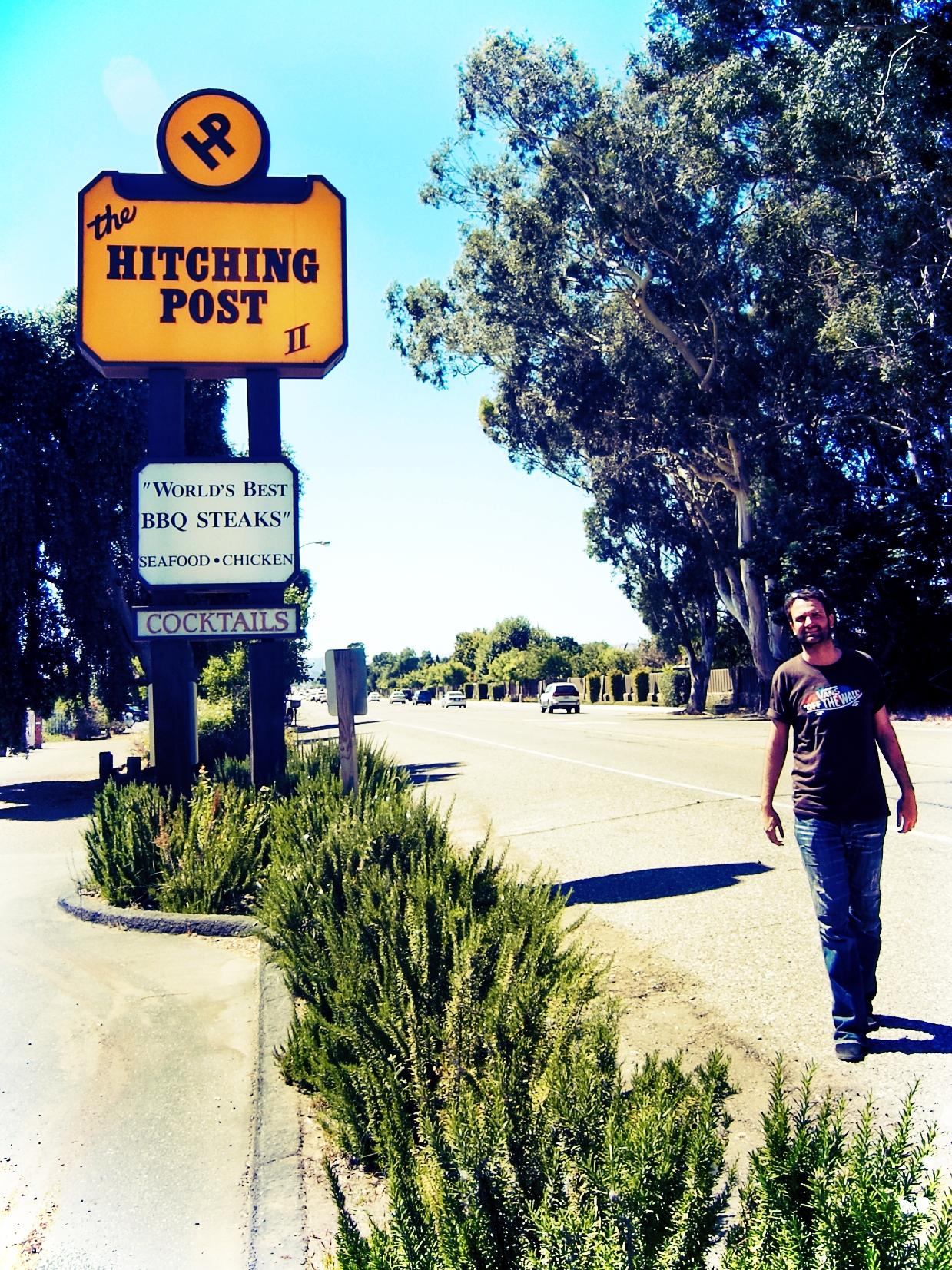 """Das """"Hitching Post II"""" in Buellton. Hier treffen Miles und Jack erstmals auf Maya, die hier als Kellnerin arbeitet."""