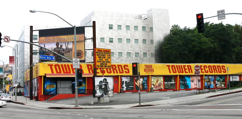 Tower Records am Strip kurz vor seiner Schließung 2006