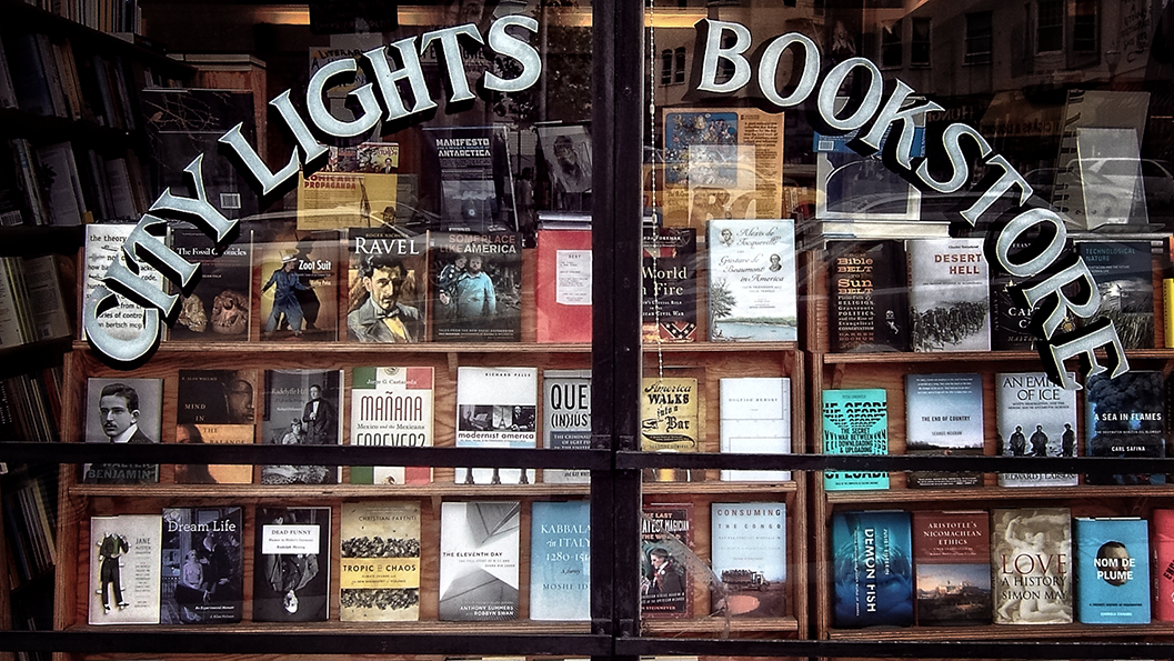 Schaufenster des City Lights Bookstores in San Franciscos (Foto: Christian Düringer)