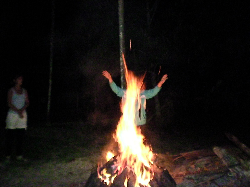 Brigitta – Ayahuascera, der Tanz mit dem Feuerwesen