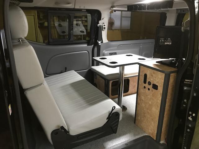 ▲NV350キャラバンプレミアムGXをキャンパー仕様に架装しました!