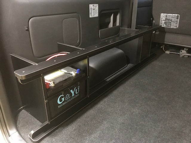 ハイエースにサブバッテリー&走行充電を付けるなら、OSPトランポキット!