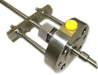 Retractable sample probe liquid or gas samples