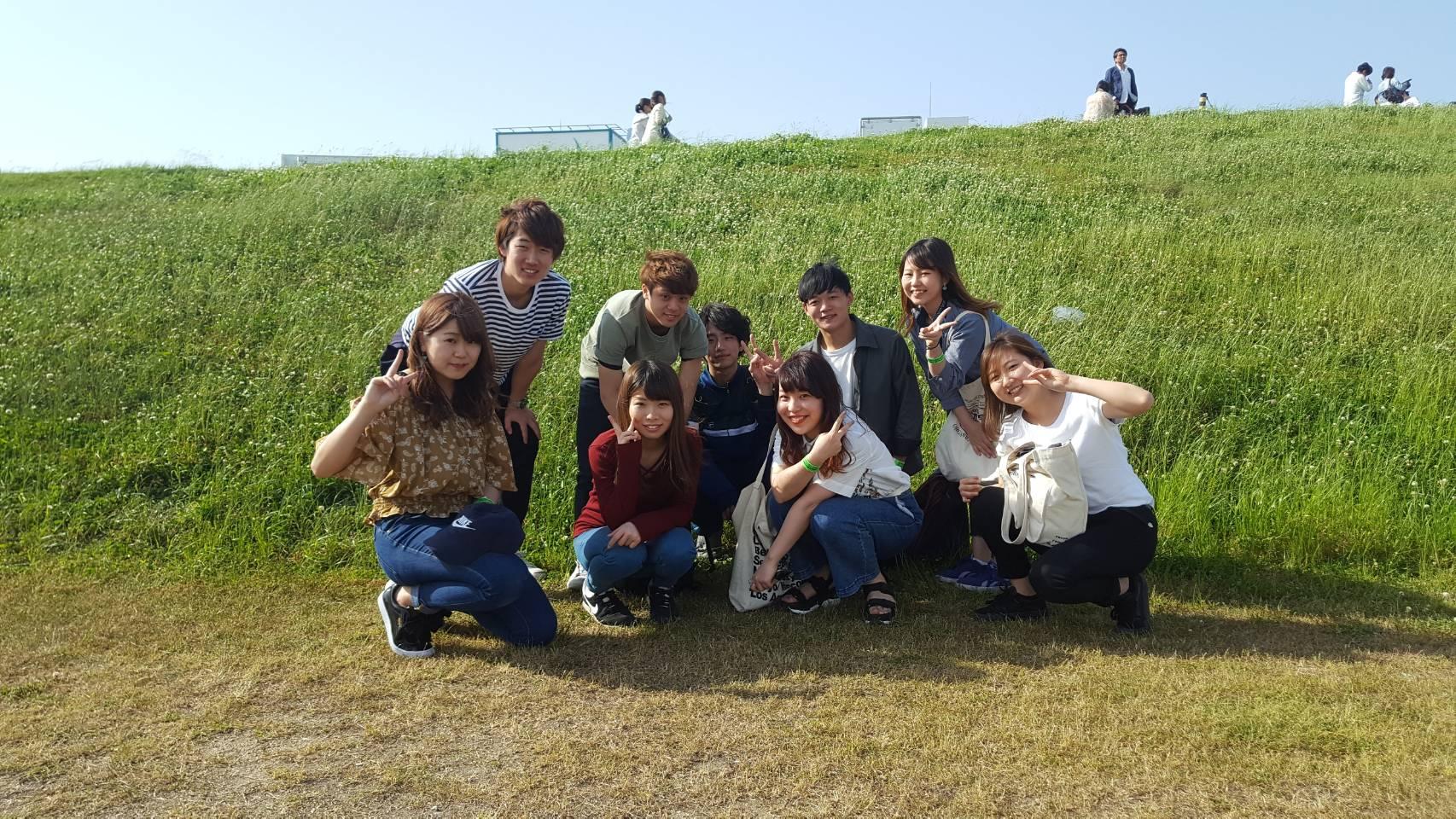 大阪の都心にこんなキレイな芝生のBBQ会場があります!