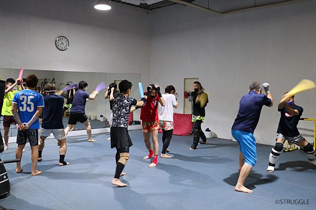 初心者クラスで格闘ボディになろう!