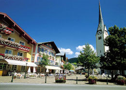 Abtenau, Marktplatz im Sommer