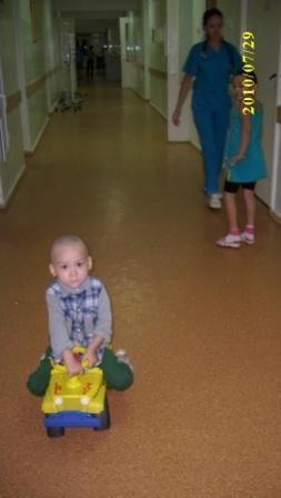 Лейкоз у детей. Гоняем по коридору