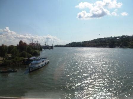 Через мост в Ростове-на-Дону