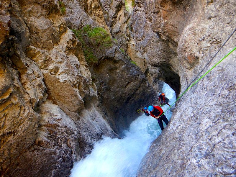 Wasserfälle gemeinsam überwinden