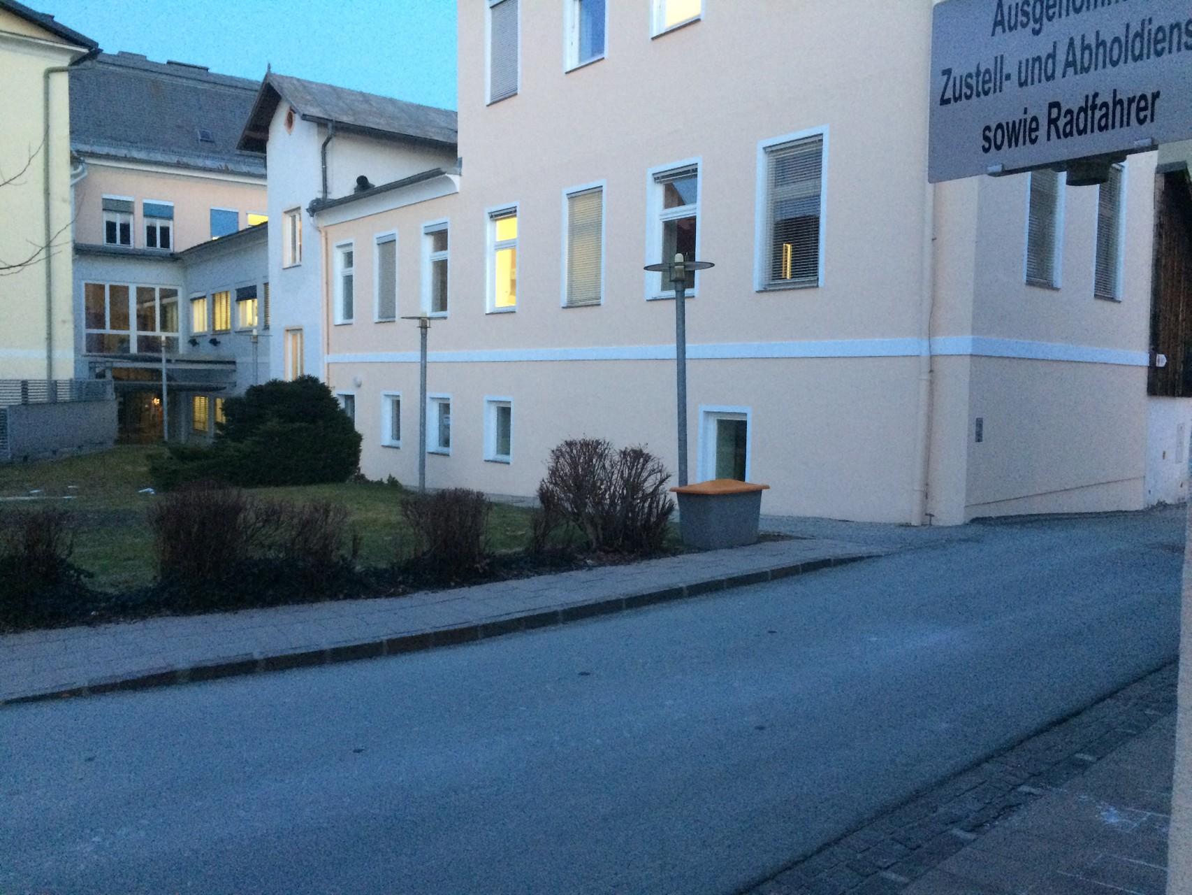 Der Schießstand befindet sich im Erdgeschoss der Stadtgemeinde Feldkirchen.