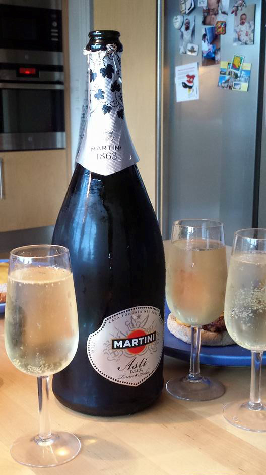 Champagne voor Best in Show en dat ene glaasje zijn 4 flessen geworden :-)