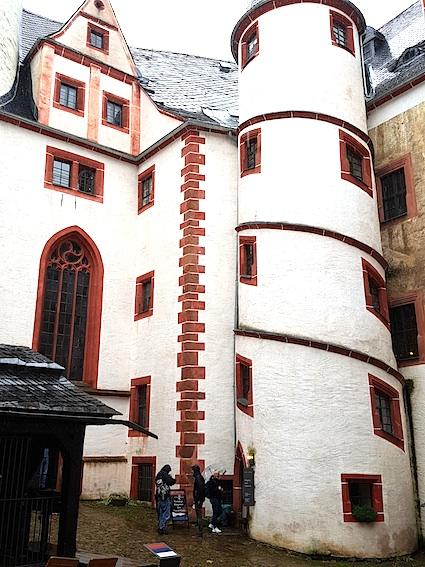 die alterwürdigen Mauern... des Schloss Rochsburg