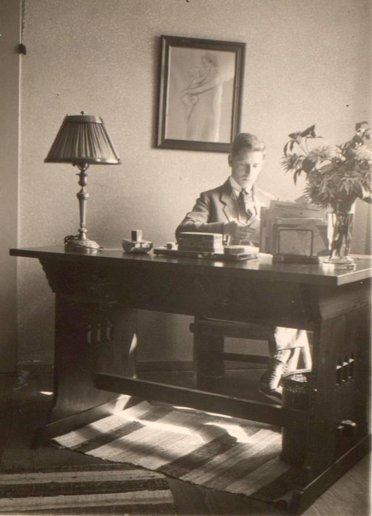 Heinrich Traimer, der Vater von Heinz Traimer. Lehrer in Schondorf am Ammersee (um 1925).
