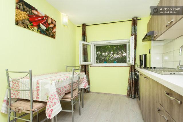 Votre cuisine salle à manger toute neuve et super équipée...