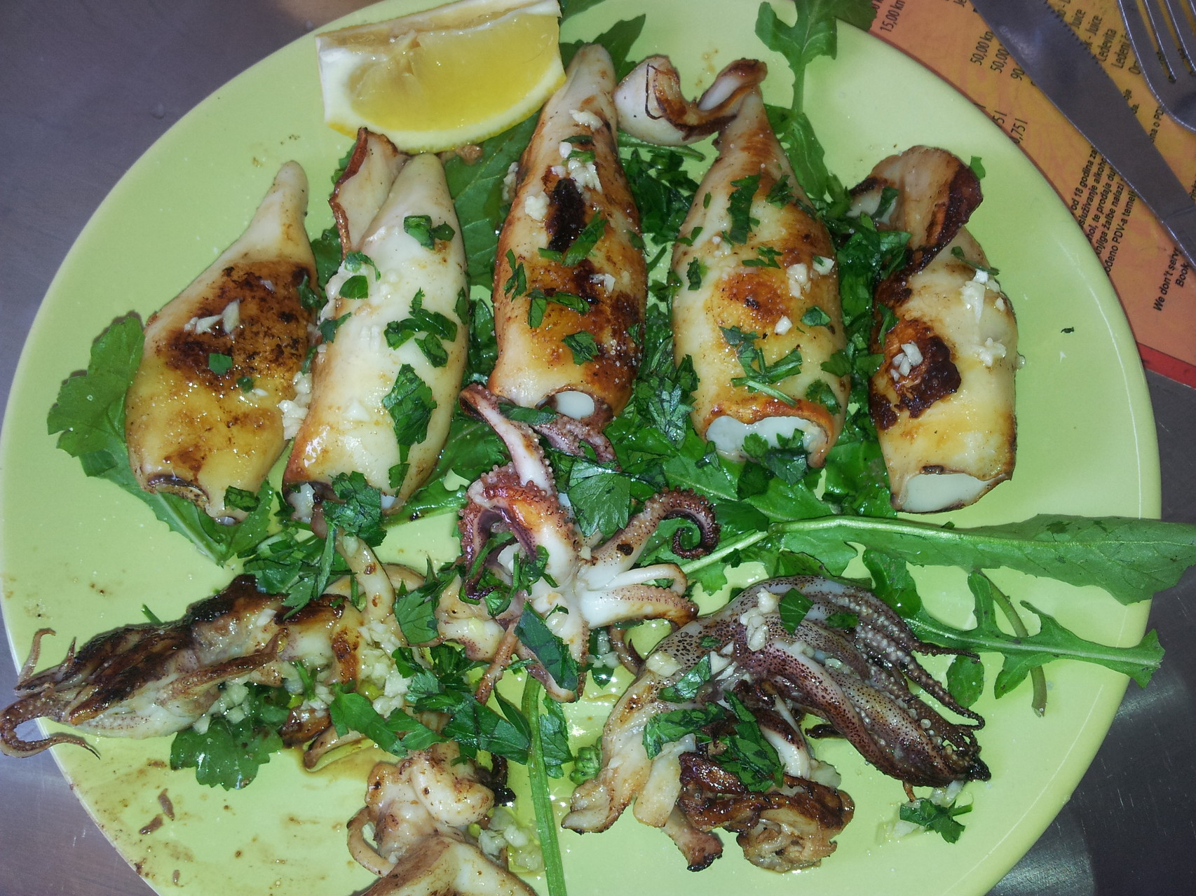 do you like grilled calamri??? Delicious!!!! for less than 4 euros!!!! yes!! ask us where in Pula..