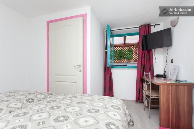 Bureau équipé dans votre chambre