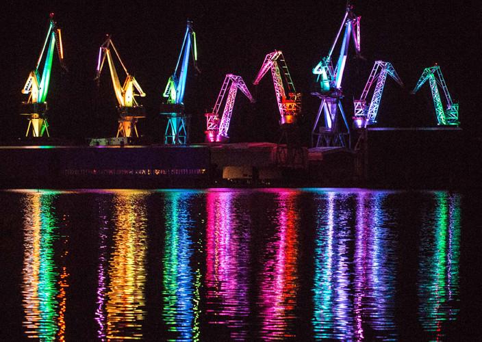 les géants lumineux la nouvelle attraction de Pula tous les soirs d été à 21h 22h 23h