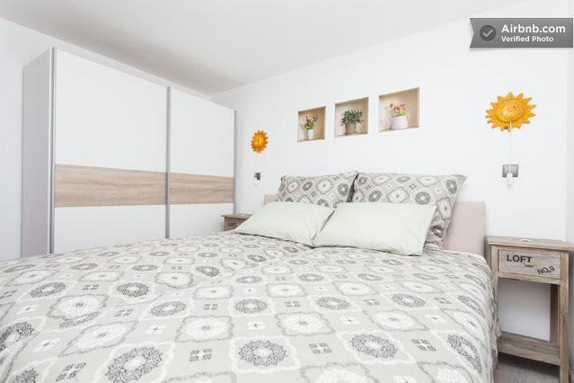Vous préférez un grand lit 180 cm ou 2 lits jumeaux? A votre choix...