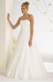 A-Linie mit Spitze und Chiffon Bianco Evento Brautmoden Per Sempre