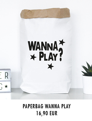 "Paperbag ""wanna play"""