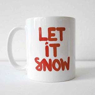 tolle Weihnachtstasse mit handwriting Schriftzug let it snow