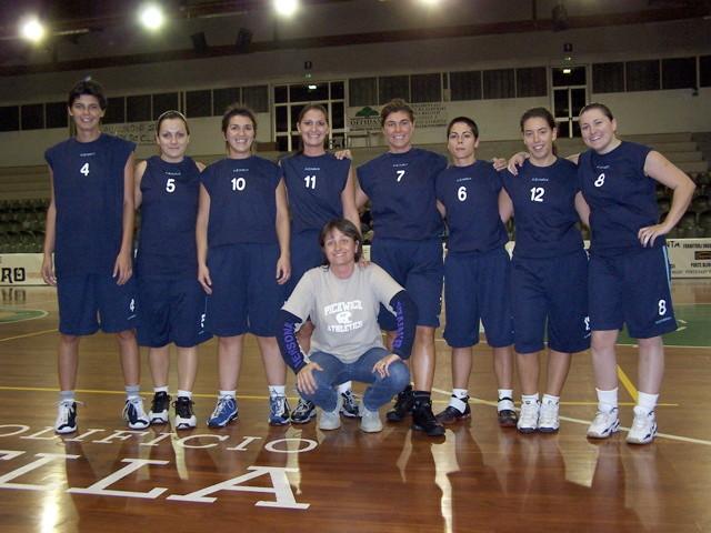 la squadra femminile centrocampo stagione 2004/2005