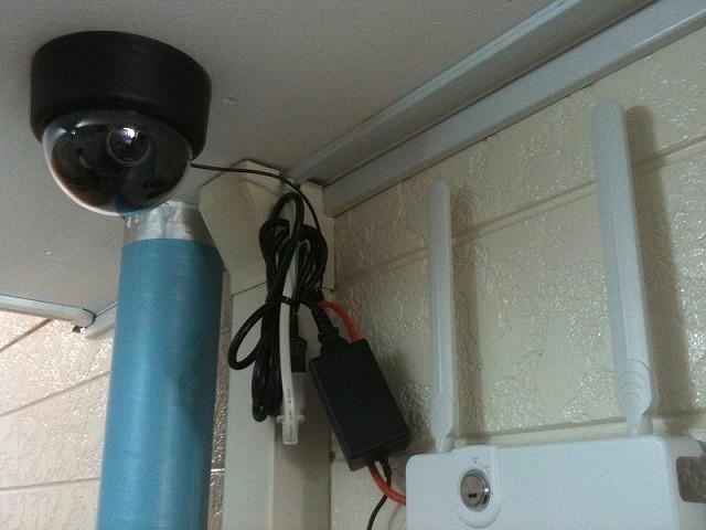 セキュリティカメラ(豊平区) 共用部から玄関口へ向けて設置
