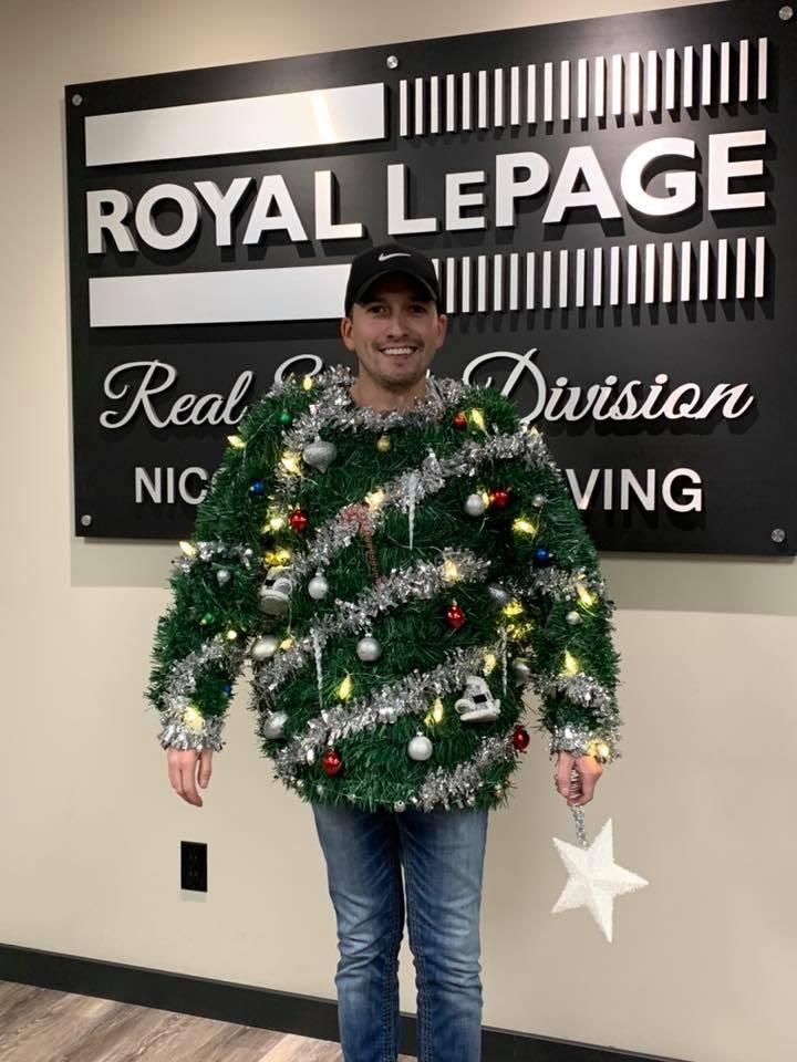 Ryan Perez getting into the Christmas spirit!