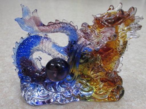 ☆クリスタルガラス龍彫刻 ¥16,000
