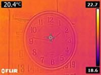 サーモで時計を見ると・・・