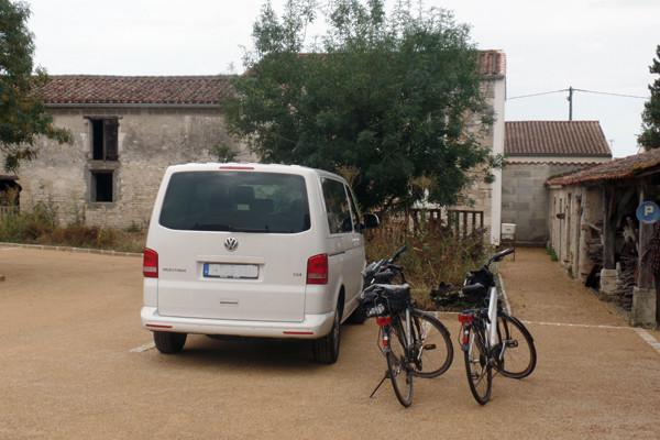 Parking grands véhicules et vélos