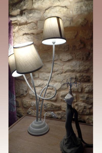 Lampe de chevet de la chambre Tourterelle