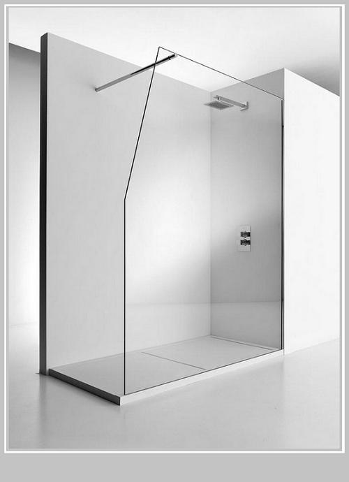 Duschwanne + Glasabtrennung