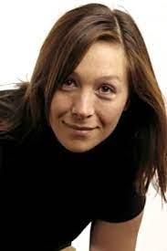 Eline DE LORENZI, comédienne et intervenante