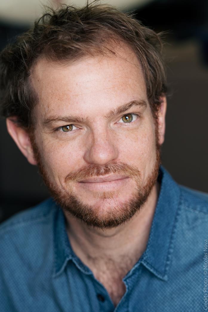 Julien RENEAUT, comédien, metteur en scène, et intervenant pour les stages