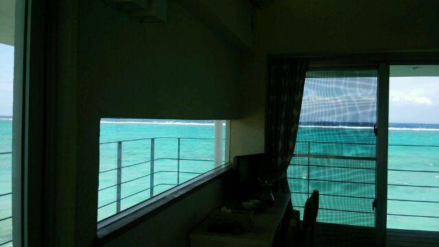 お部屋からの眺め。青の景色・・・