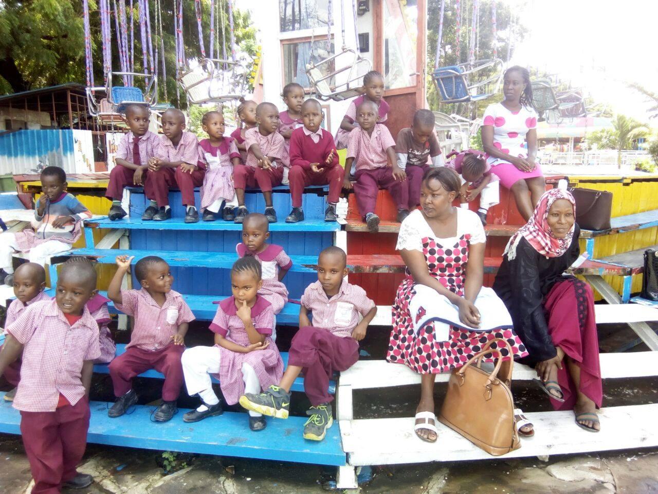 Unser erster Ausflug zum Luna Park nach Nyali