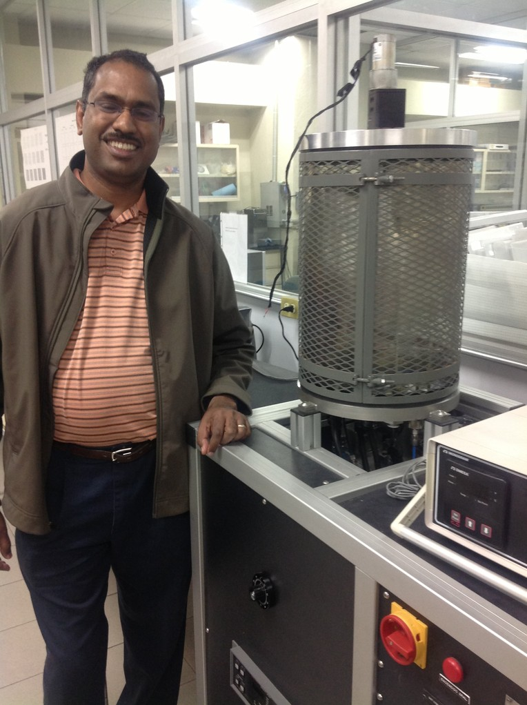 Prof. S. Shaji and Thermo Evaporator. Laboratory FIME UANL
