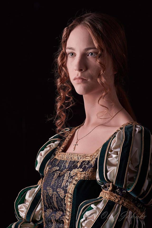 Portrait im Stil alter Meister Renaissance New Renaissance historisches Kostüm Fotografie