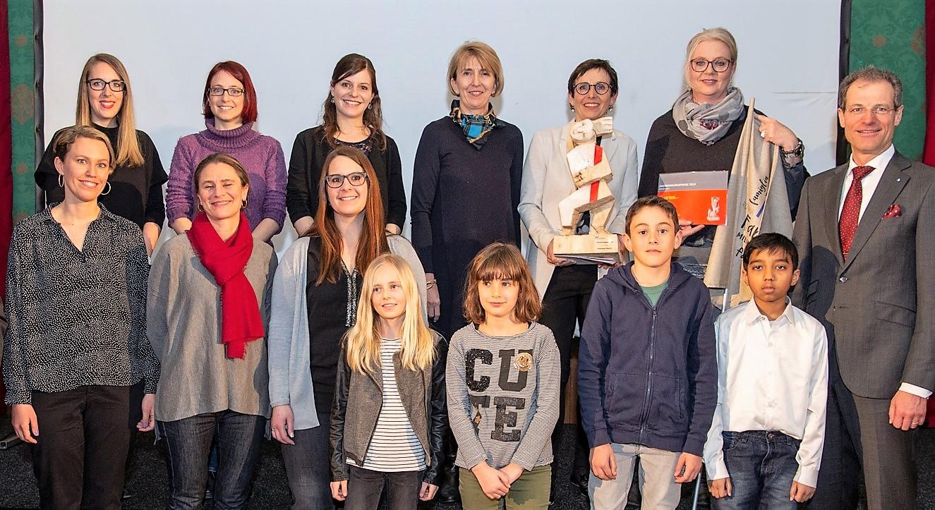 An der Primarschule Hitzkirch spannen Lehrpersonen, Lernende und deren Familien zusammen