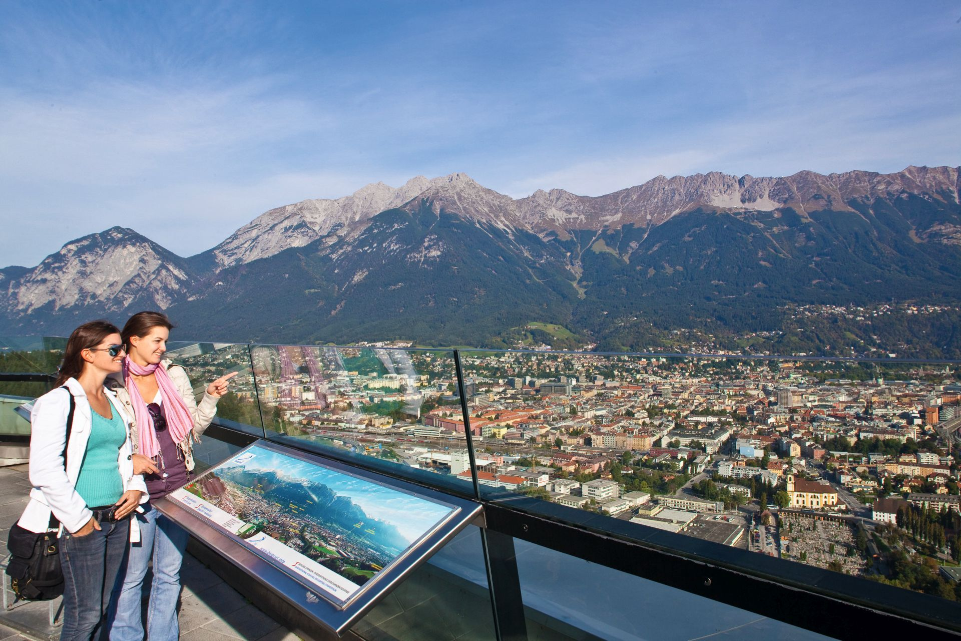 Und zum Abschluss gibt´s ein wunderbares Panorama. (Foto: Innsbruck Tourismus/Christof Lackner)