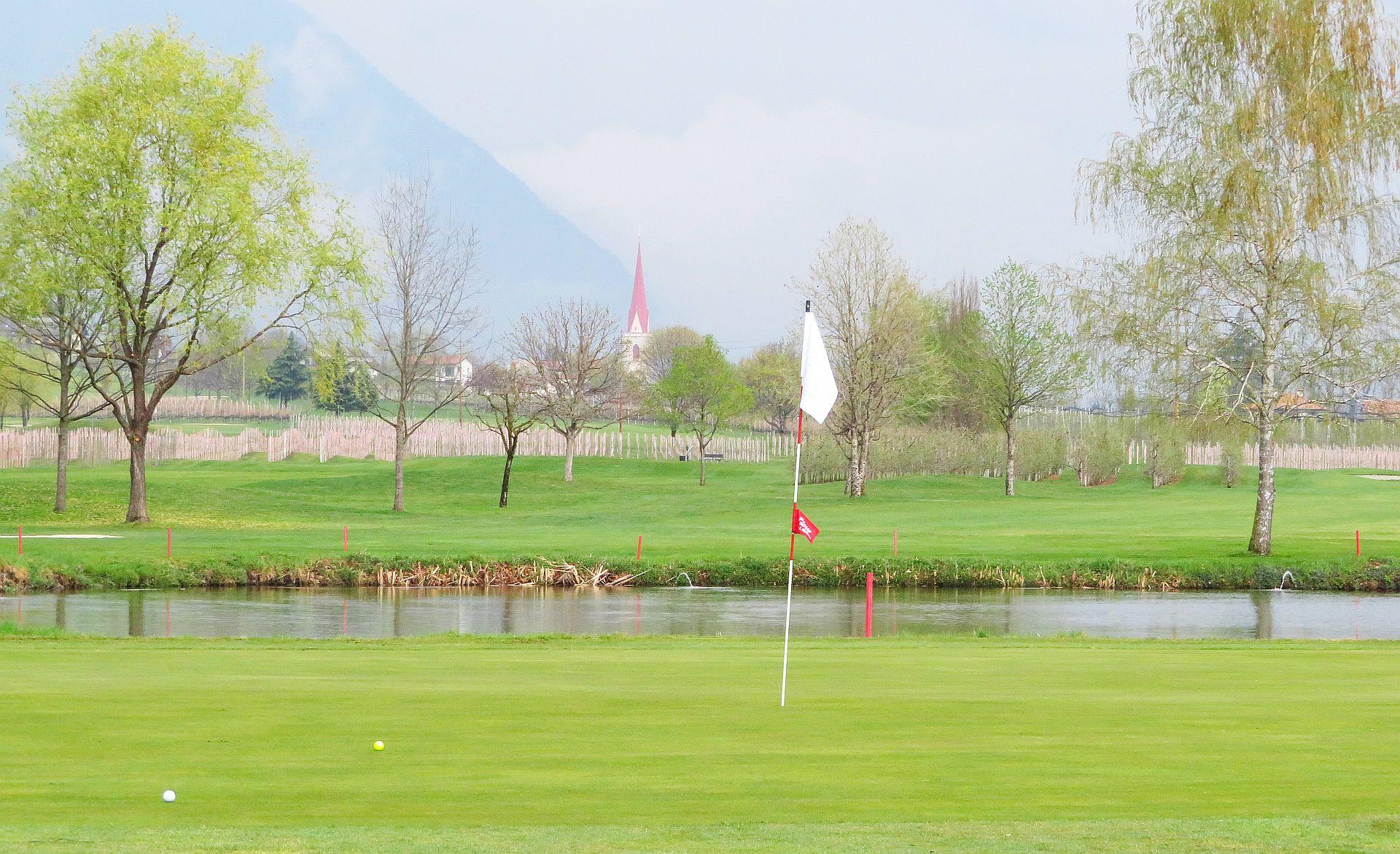 Golfclub Lana | Foto: Stephan Schöttl/alpengolfer.de