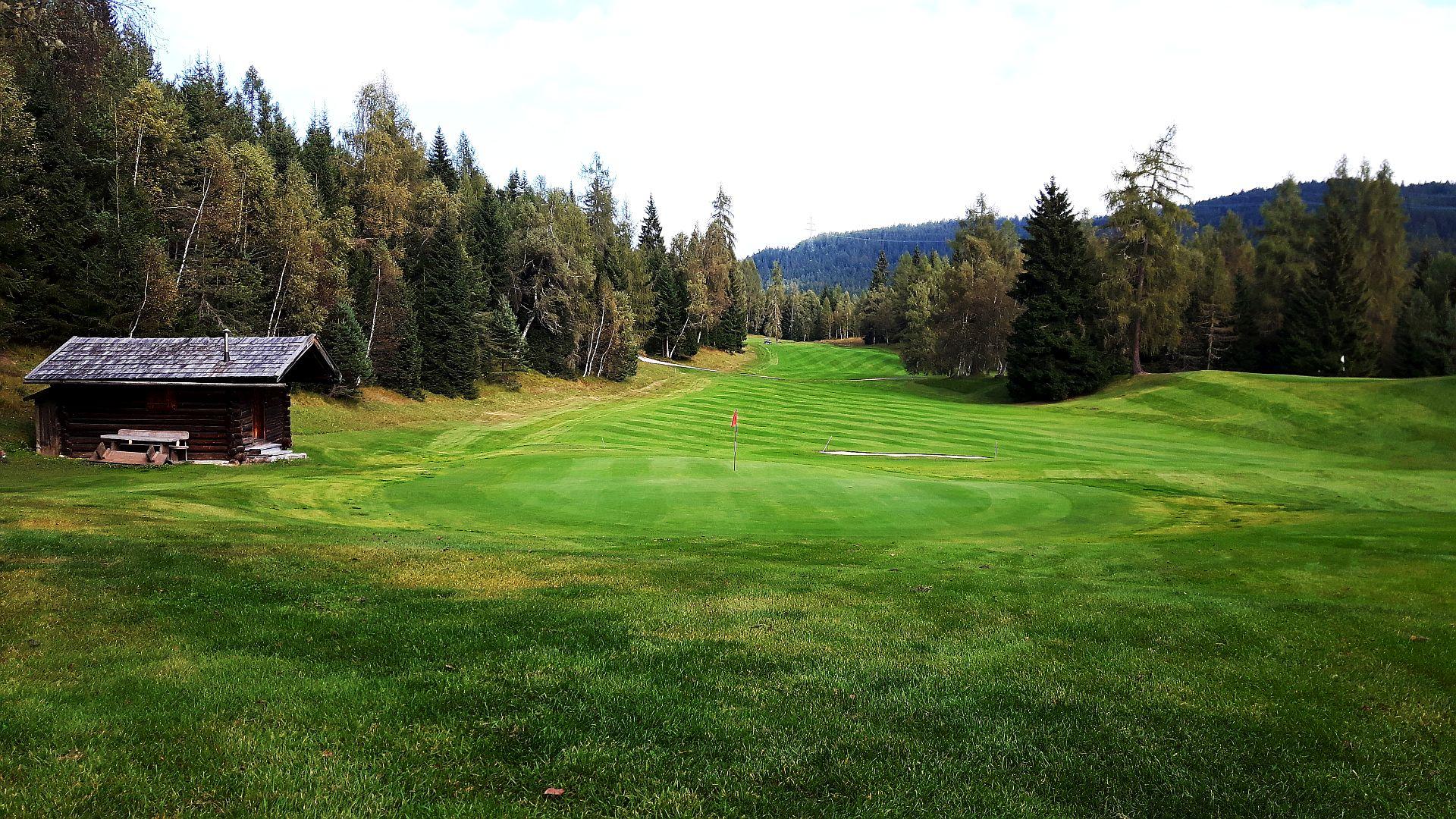 Golfer kommen auf ihre Kosten: Fünf Plätze gibt es im Umkreis von knapp 20 Kilometern (Foto: Stephan Schöttl)