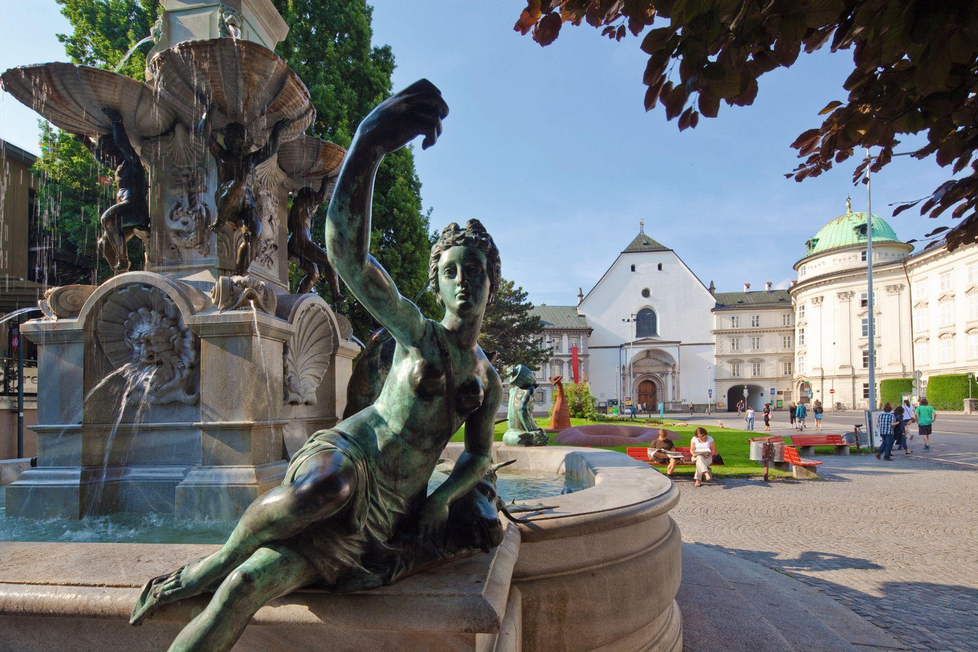 Idyllisch geht es rund um die Hofburg zu.  (Foto: Innsbruck Tourismus/Christof Lackner)