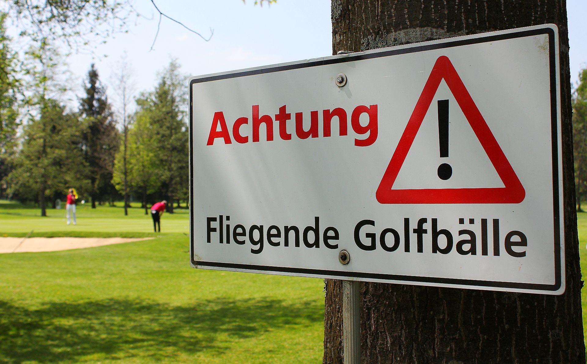 Na, wenn die wenigstens mal alle fliegen würden ... gesehen im Allgäuer G&LC (Foto: Stephan Schöttl/alpengolfer.de)