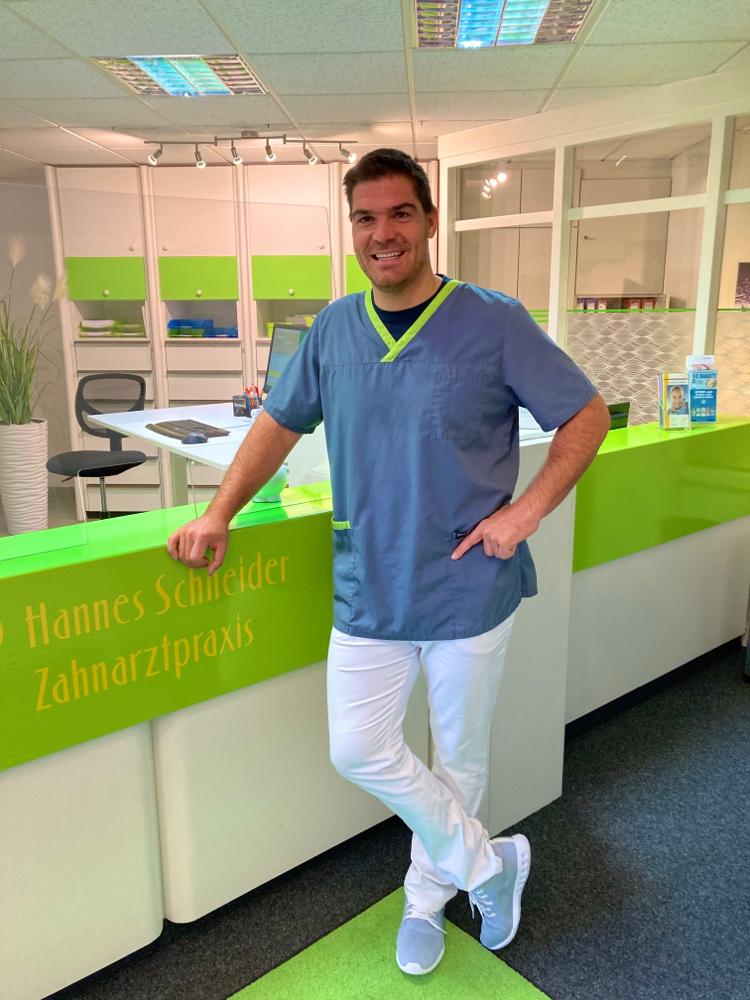 Zahnarzt Hannes Schneider